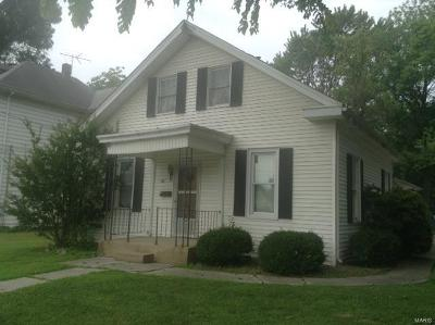 Freeburg Single Family Home For Sale: 310 South State South