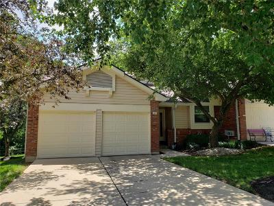 St Louis County Condo/Townhouse For Sale: 42 Morning Hill