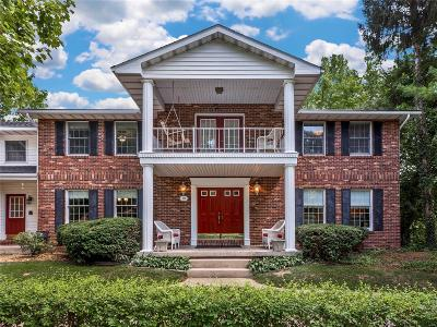 Edwardsville Single Family Home For Sale: 19 Country Club Drive
