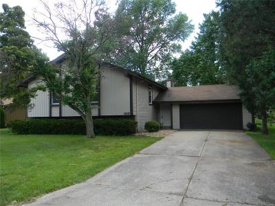 Lake St Louis Single Family Home Active Under Contract: 169 Rue Grand Drive