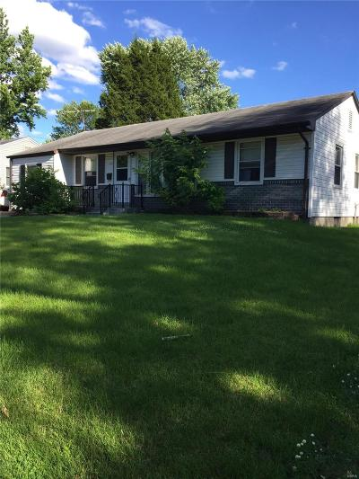 Florissant Single Family Home For Sale: 180 Saint Anthony Lane North
