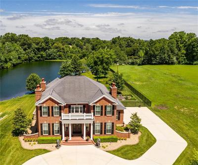 O'Fallon Single Family Home For Sale: 8617 Savoy Lane