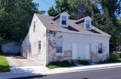 Belleville Multi Family Home For Sale: 25 North 8th Street