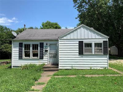 Farmington Single Family Home For Sale: 412 Krei
