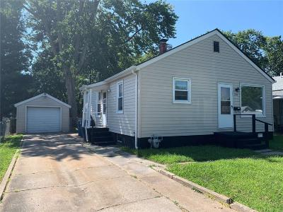 Bethalto IL Single Family Home For Sale: $61,000
