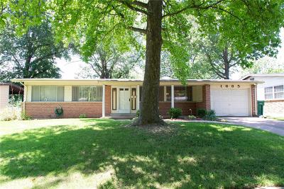 Florissant Single Family Home For Sale: 1685 Bay Meadows