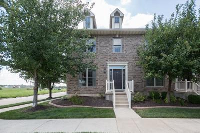 St Peters Condo/Townhouse For Sale: 560 Queens Court Place