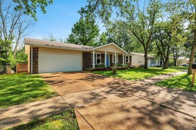 Manchester Single Family Home For Sale: 1225 Derbyshire Drive