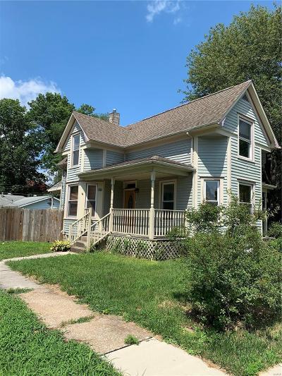 O'Fallon Single Family Home For Sale: 502 East Washington
