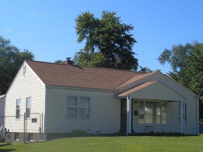 Single Family Home For Sale: 6139 Shillington Drive
