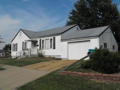 Owensville Single Family Home For Sale: 502 S. Spring Avenue