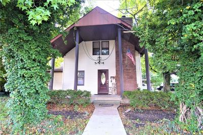 Bethalto Single Family Home For Sale: 118 East Central Street