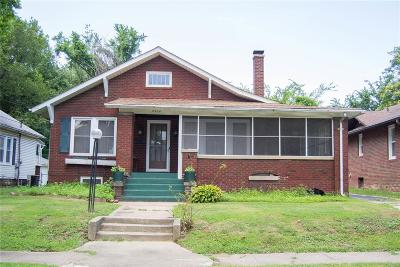 Alton Single Family Home For Sale: 2424 Sanford Avenue