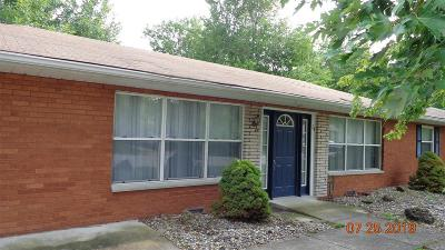 Granite City Single Family Home For Sale: 24 Fontainebleau Drive