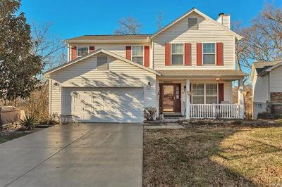 Valley Park Single Family Home For Sale: 833 Crescent Ridge