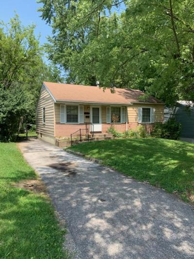 St Louis County, St Louis City County, St Charles County Single Family Home For Sale: 425 Caithness