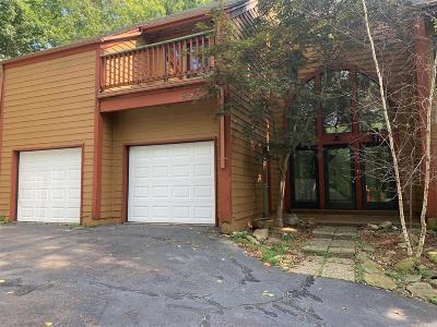 High Ridge Single Family Home For Sale: 870 Hillsboro