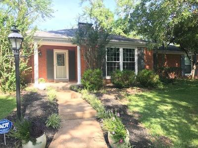 Chesterfield Single Family Home For Sale: 4 Woods Hill