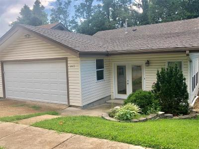 St Louis County, St Louis City County, St Charles County Single Family Home For Sale: 1443 Meadowside