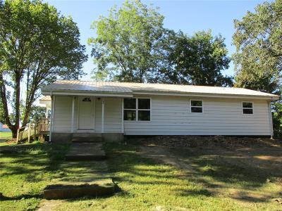 Leasburg MO Single Family Home For Sale: $176,000