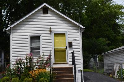 St Louis County, St Louis City County, St Charles County Single Family Home For Sale: 9351 North Avenue