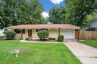St Charles County Single Family Home For Sale: 1228 Esterling Drive