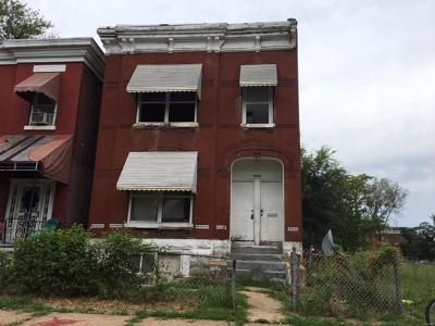 St Louis MO Single Family Home For Sale: $5,000