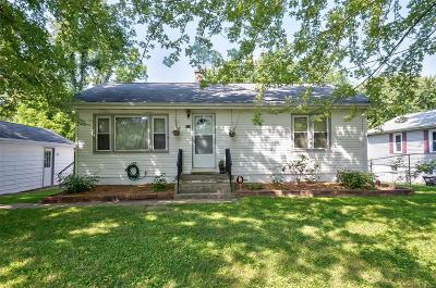 Belleville Single Family Home For Sale: 313 Bethesda Drive