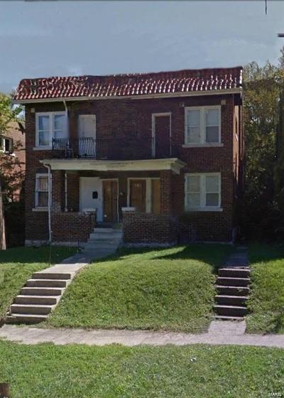 St Louis Multi Family Home Active Under Contract: 4016 Cora