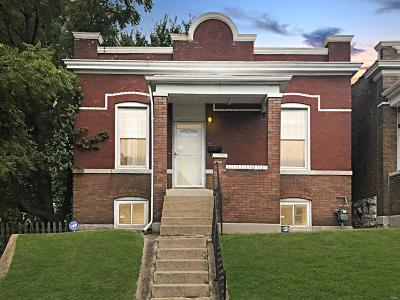 St Louis MO Single Family Home For Sale: $98,900