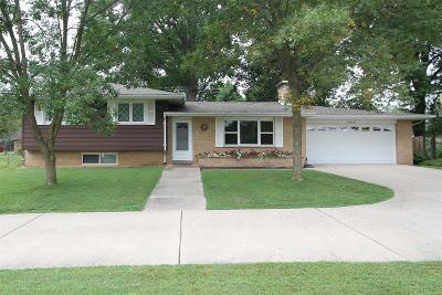 Alton Single Family Home For Sale: 4806 Pierce Lane