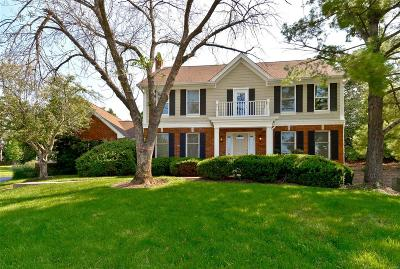 Town and Country Single Family Home For Sale: 718 Cedar Field Court