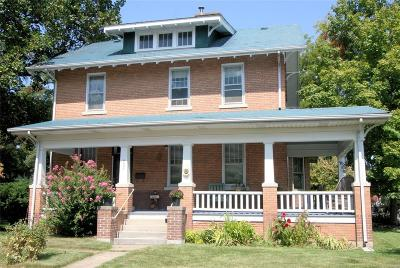 Ste Genevieve Single Family Home For Sale: 403 Jefferson Avenue