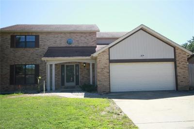 Belleville Single Family Home For Sale: 417 Saint Sabre Drive