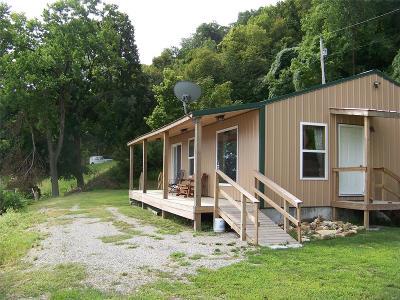 Louisiana Single Family Home For Sale: 22118 Pike 118