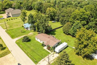 St Charles Single Family Home For Sale: 4133 Faredale Lane