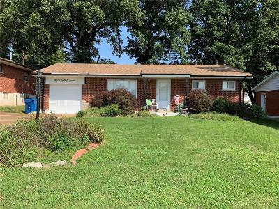 Single Family Home For Sale: 9807 Barlow Lane