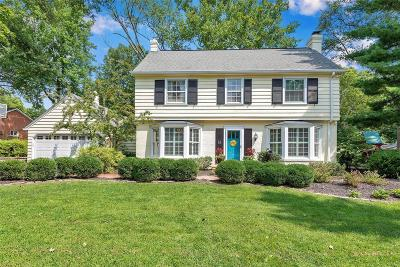 Single Family Home For Sale: 18 Webster Woods