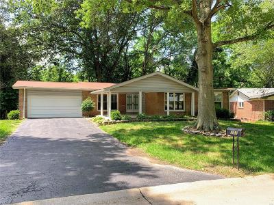 Chesterfield MO Single Family Home For Sale: $339,000