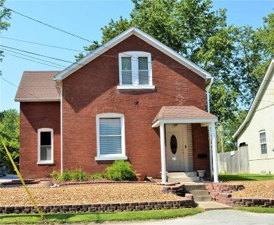 Belleville IL Single Family Home For Sale: $71,000