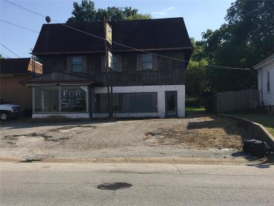 Franklin County, Gasconade County, Maries County, Phelps County, Osage County, Crawford County Commercial For Sale: 1402 West 5th Street