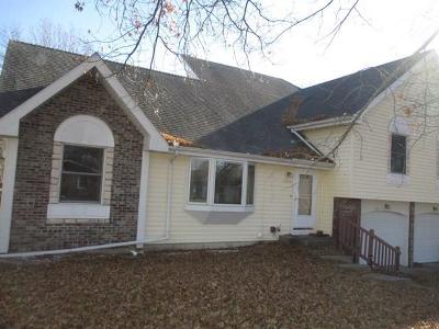 Kirksville Single Family Home For Sale: 2204 Crestline Drive