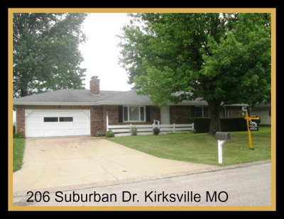 Single Family Home For Sale: 206 Suburban Drive
