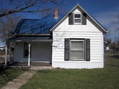 La Plata Single Family Home For Sale: 115 E Caldwell Street