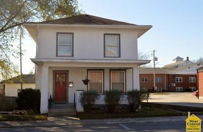 Knob Noster Single Family Home For Sale: 111 E McPherson