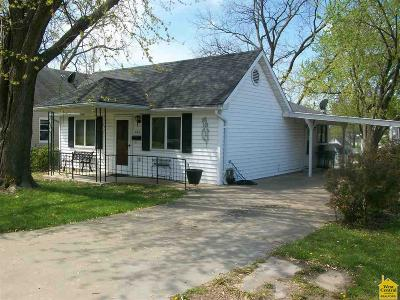 Single Family Home Sold: 403 S Carter St