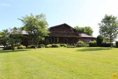 Sedalia Single Family Home For Sale: 33687 Lee Rd