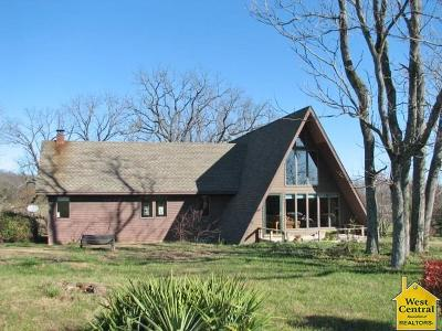 Warsaw Single Family Home For Sale: 39590 SE Hwy 65