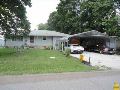 Windsor MO Single Family Home Sale Pending/Backups: $91,000