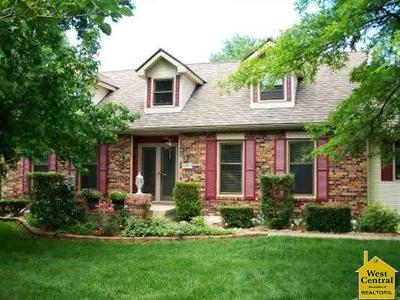 Sedalia Single Family Home For Sale: 6007 Chestnut Dr